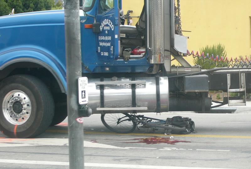 Truck kills cyclists